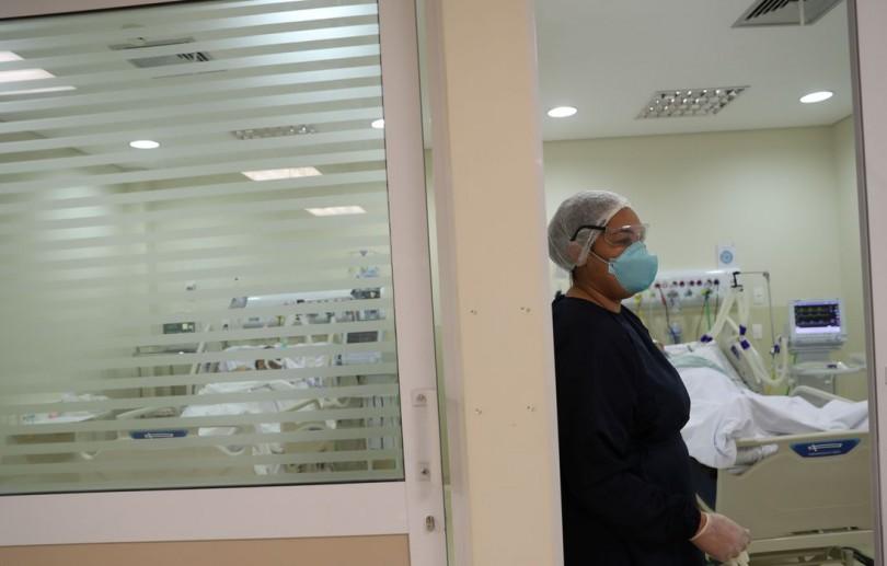 Brasil atinge 406,4 mil mortes por Covid-19