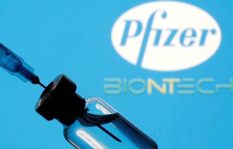 Rio de Janeiro começa a aplicar vacina da Pfizer contra covid-19