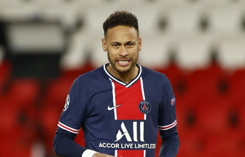 Neymar renova contrato com o Paris Saint-Germain até 2025
