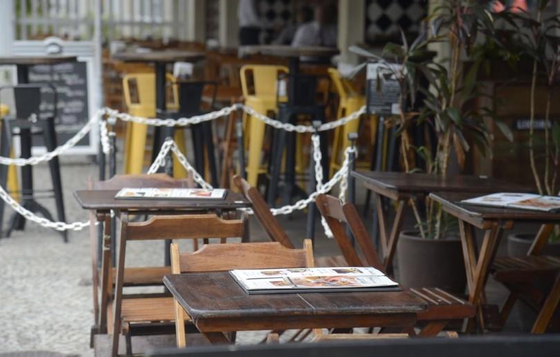 Comércio, bares e restaurantes do Rio terão que fechar às 21h