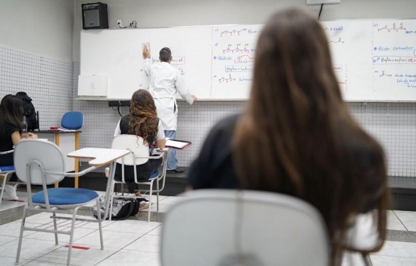 Prefeitura autoriza retomada gradual das aulas no modelo híbrido a partir de 3 de maio