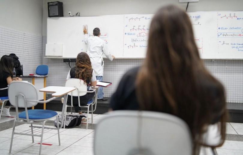 Covid-19: escolas do Rio reiniciam hoje aulas presenciais