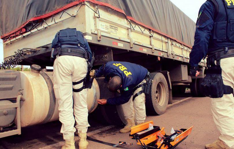 PRF apreende 24,5 kg de pasta base de cocaína em Pernambuco