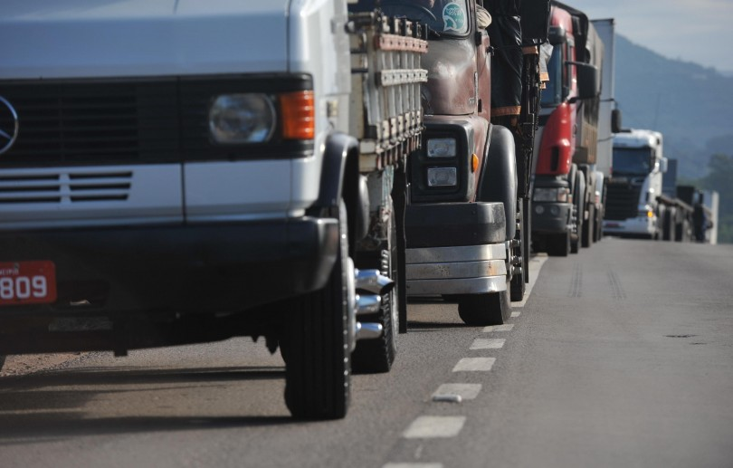 Polícia Civil liberta caminhoneiros feitos reféns por traficantes