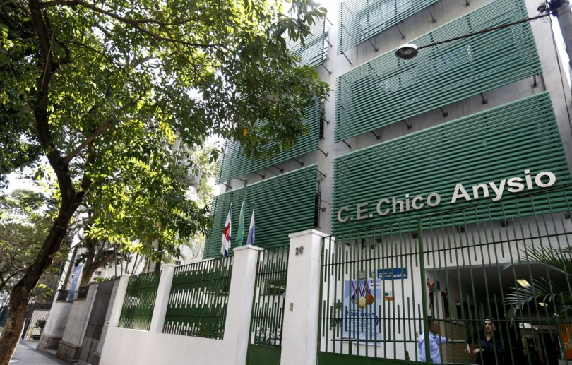 Rede estadual de ensino do Rio retoma aulas 100% presencial na segunda