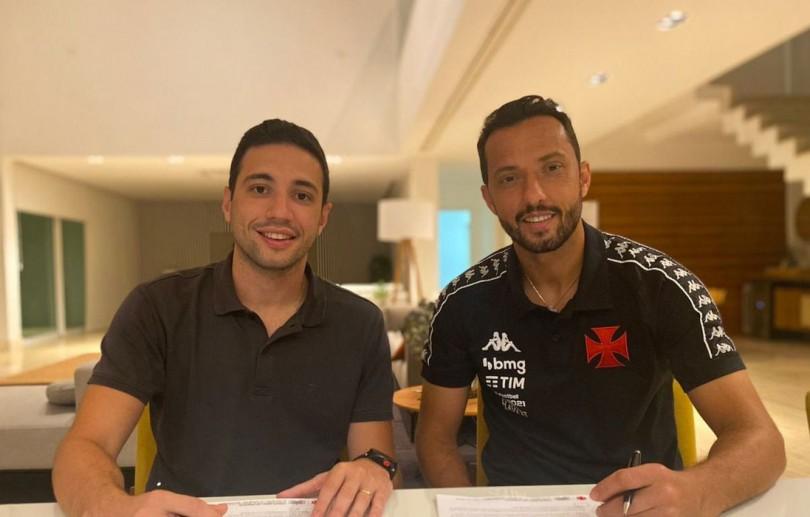 Horas após deixar Fluminense, Nenê é anunciado como reforço do Vasco