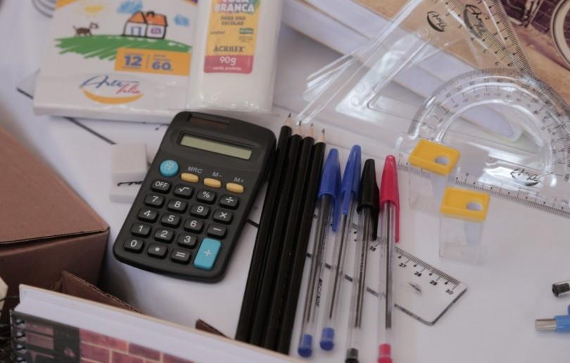 Prefeitura vai entregar kits escolares para alunos da rede municipal