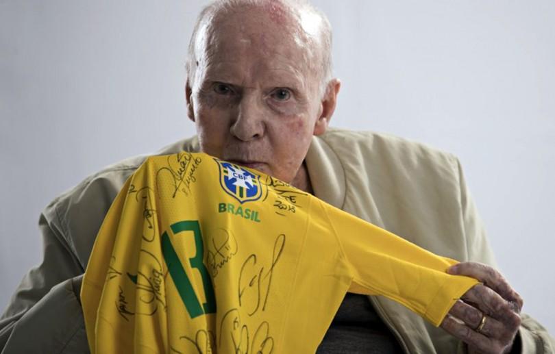 Zagallo completa 90 anos e tem vida narrada em documentário da Fifa